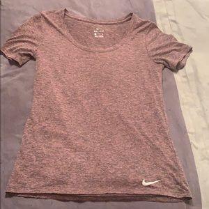 NIKE short-sleeve dri-fit t-shirt